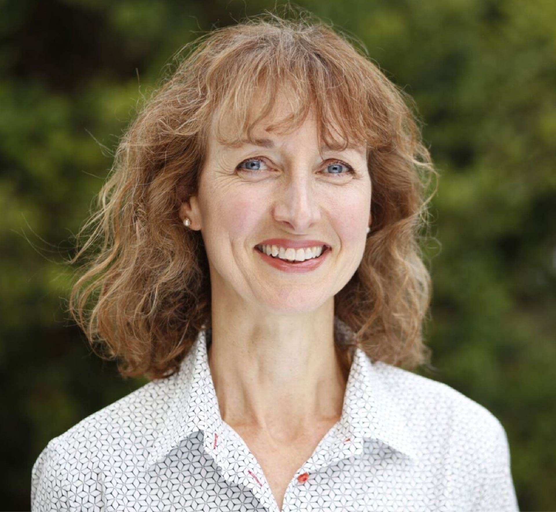 Dr Lotte Hansen